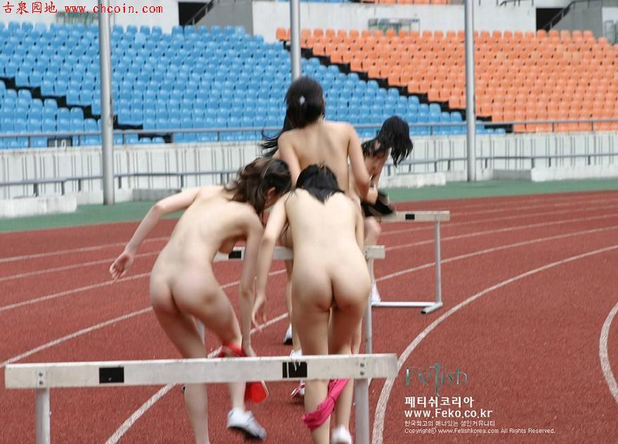 锻炼身体的韩国美女全裸