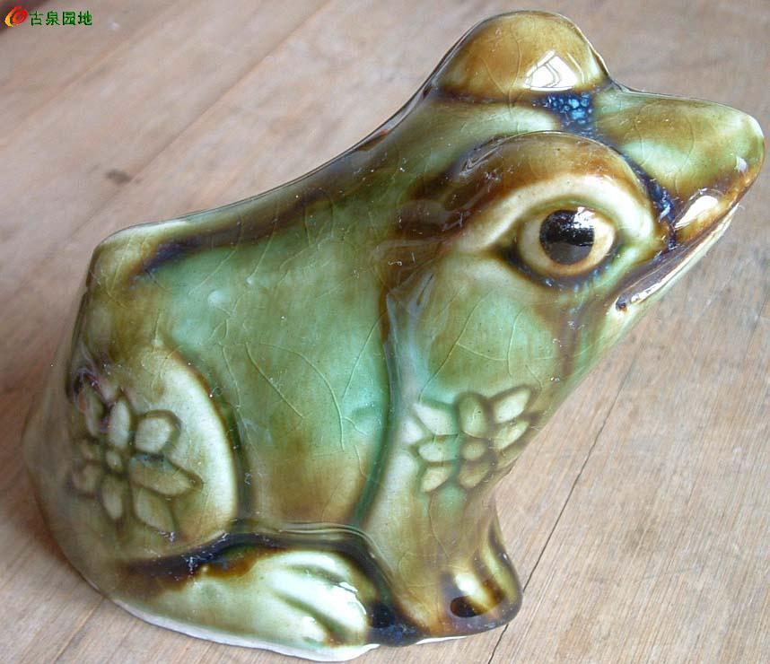 一对青蛙 新瓷器禁售