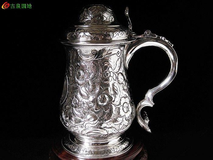 ===英国伦敦1768年雕花纯银啤酒杯===