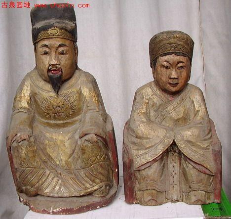 穿龙袍的朱元璋和马皇后造像 明代的